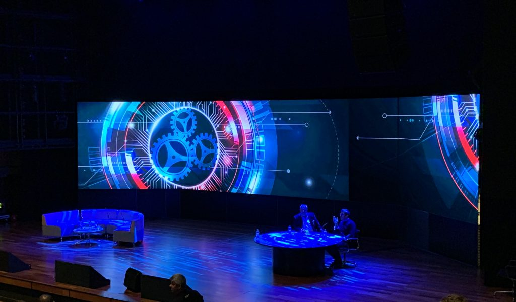 Large Conference Set Using LED Screen